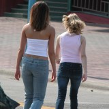 Candid pictures of girls in tight jeans on the street